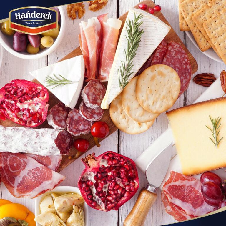 Deska serów i wędlin – ciekawa propozycja na domową imprezę Sylwestrową