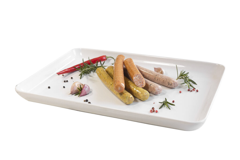 (opakowanie zawiera: 2 kiełbaski białe, 2 kiełbaski z papryką, 2 kiełbaski z curry)